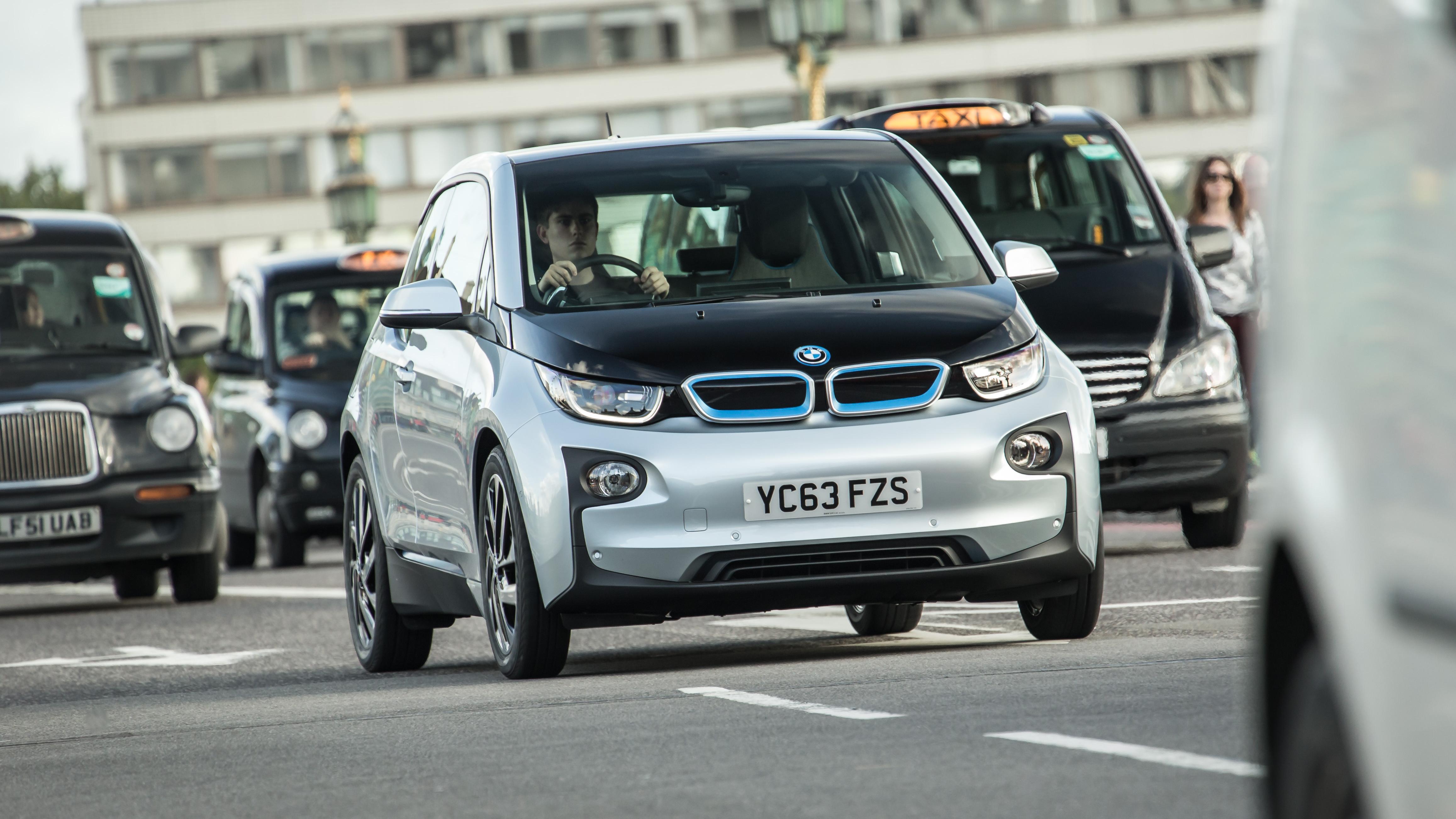 Großbritannien will E-Mobilität Vorfahrt gewähren