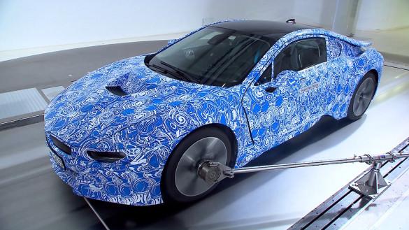 BMW i8 im Windkanal