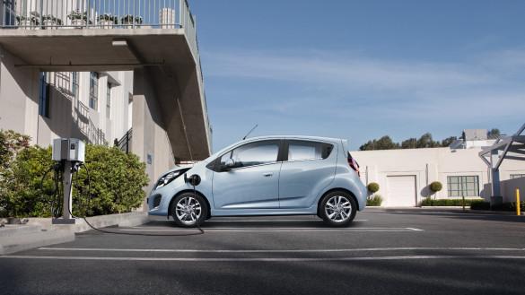 Chevrolet Spark EV feiert Europapremiere in Genf