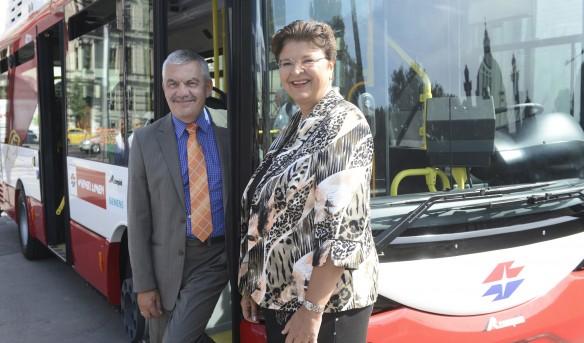 Zwölf Elektro-Busse für Wien