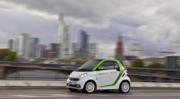 Im smart fortwo electric drive von Paris nach Le Mans