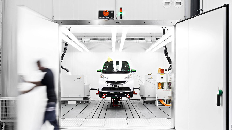 MBtech nimmt Elektroauto Prüfstand in Betrieb