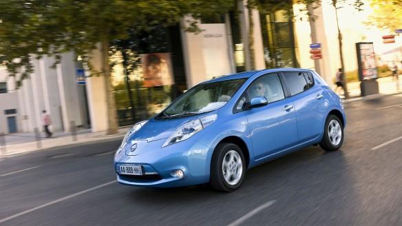 Nissan Leaf NSC-2015 - autonomes, selbstfahrendes Elektroauto