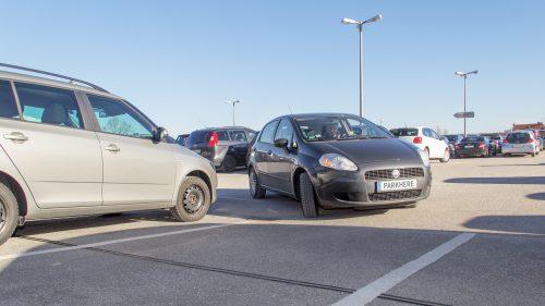 Gesucht – gefunden: Freier Parkplatz mit Ladesäule