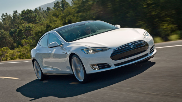 Tesla Model S Yahoo & Automobil car of the year 2013