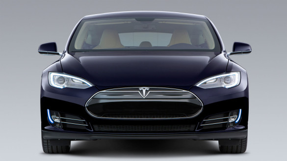 tesla zeigt batteriewechsel mit model s elektroauto blog. Black Bedroom Furniture Sets. Home Design Ideas