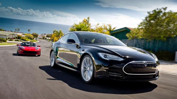 Tesla schreibt schwarze Zahlen, Zeitplan für Model S