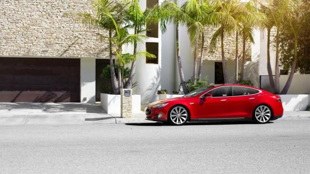 Tesla Model S Videos