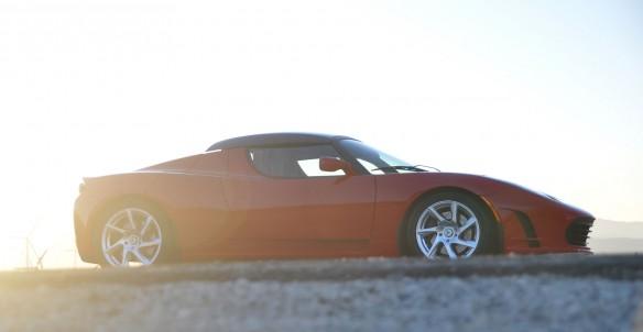 Tesla Roadster repariert: de Mestre setzt Weltumrundung fort