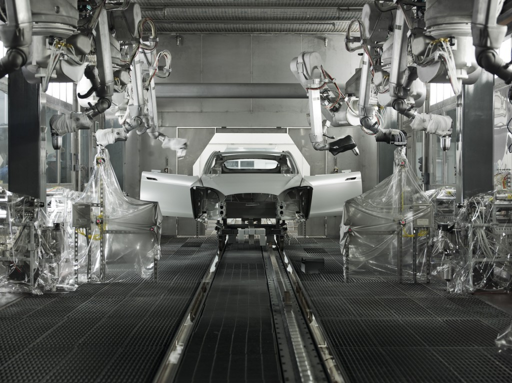 Tesla Model S Lackiererei