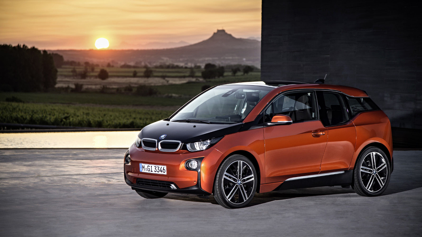 BMW i3: Beschleunigung von 0 auf 150 [Video]