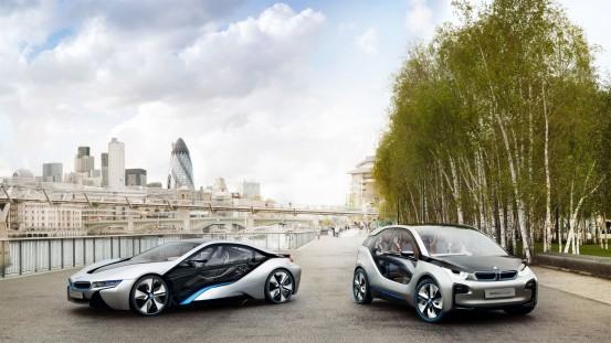 BMW kooperiert mit Naturstrom
