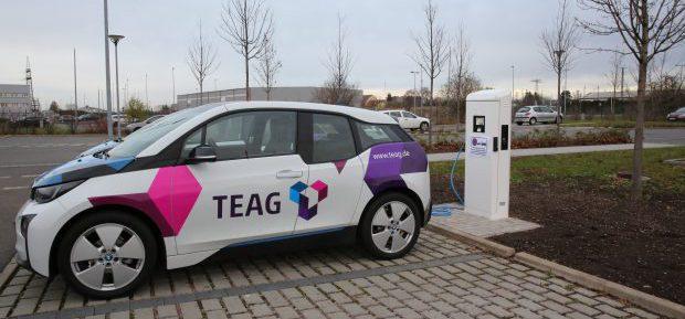 TEAG AutoPaket: Komplettpaket aus Elektroauto, Wallbox und Fahrstrom