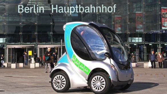 DB testet Falt-Elektroauto Hiriko Fold