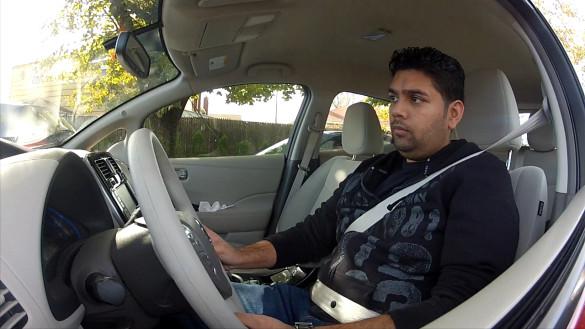 Nissan: Elektroautos gegen Spritknappheit