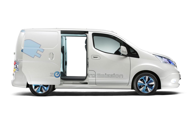 nissan evalia electric elektrischer 7 sitzer ab 2013. Black Bedroom Furniture Sets. Home Design Ideas