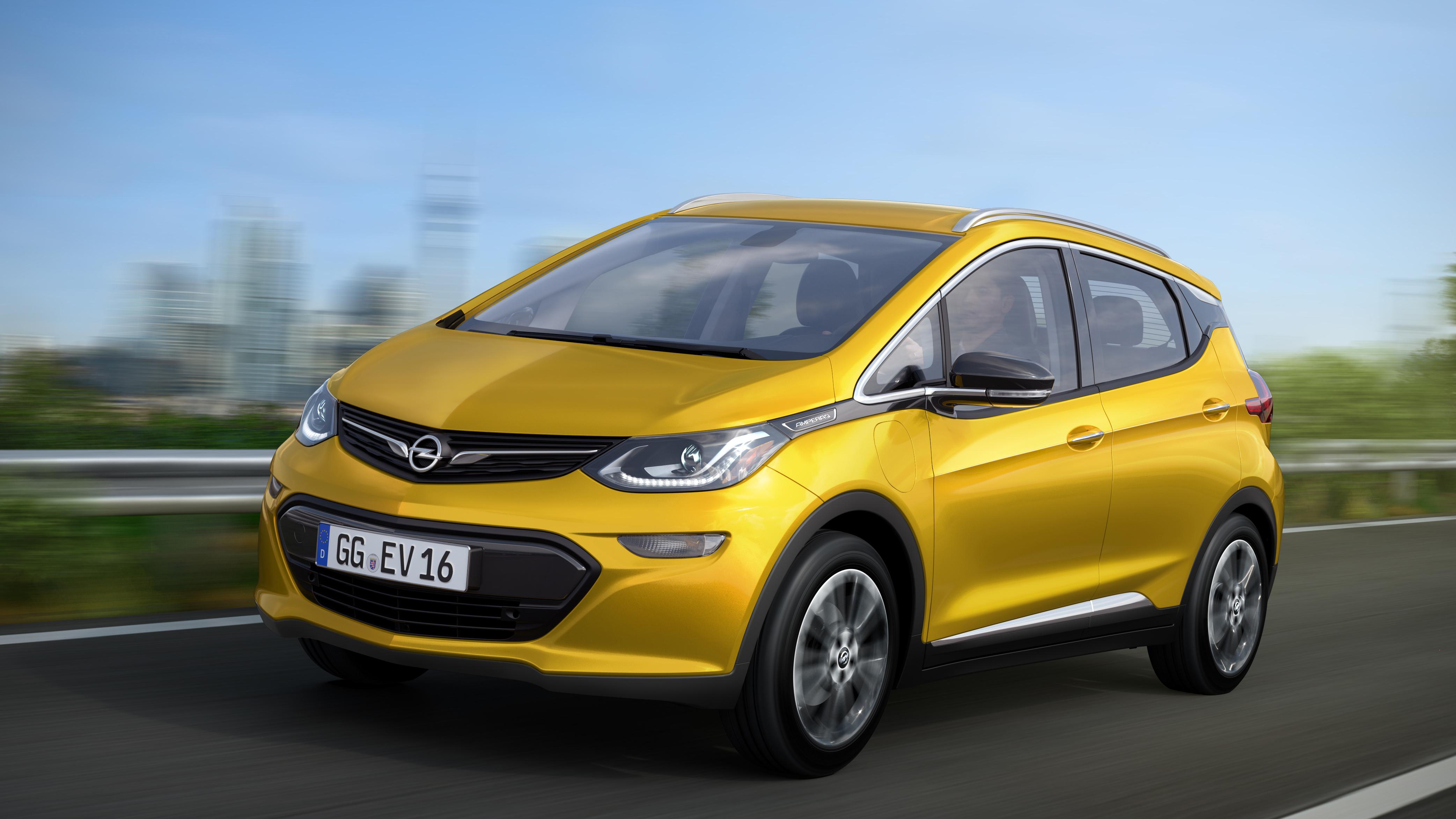 Opel Ampera-e feiert Weltpremiere in Paris