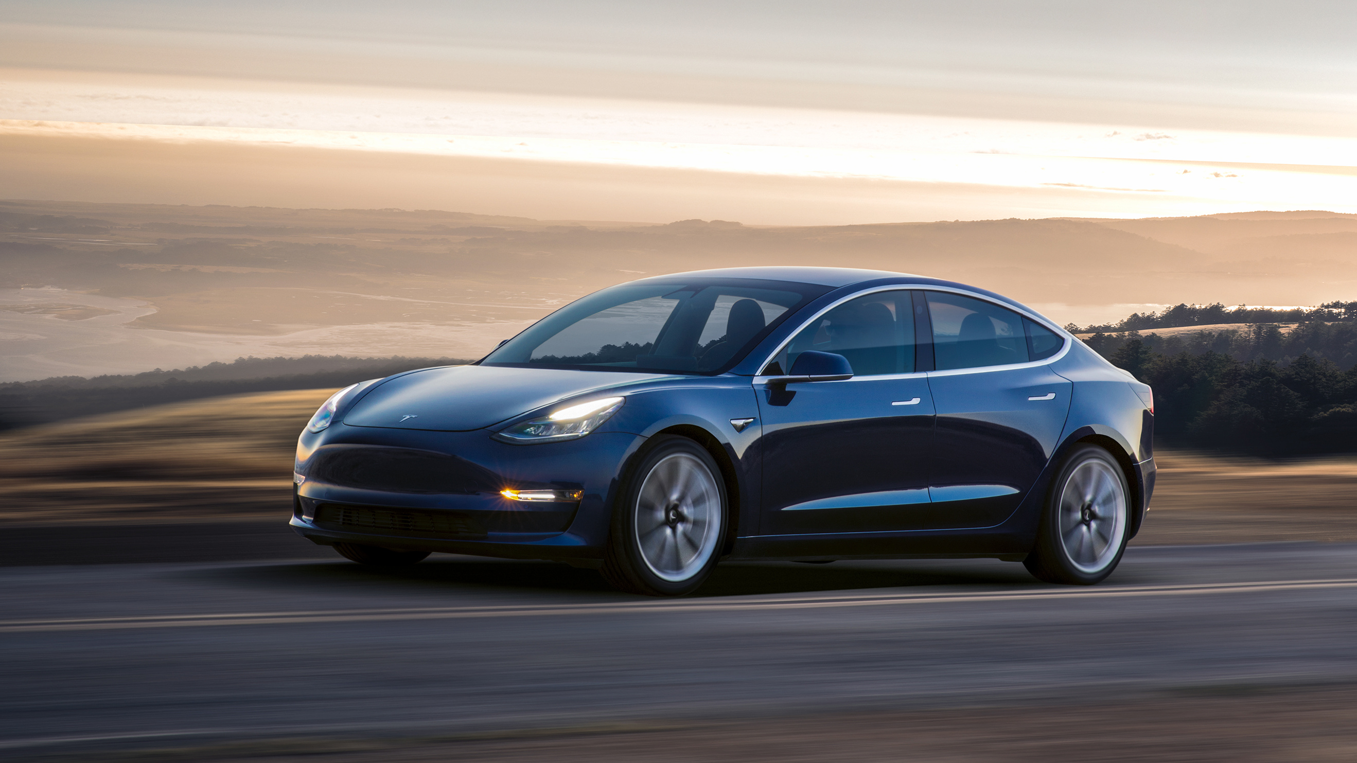 Tesla Model 3 hat eine Reichweite von 499 km nach EPA