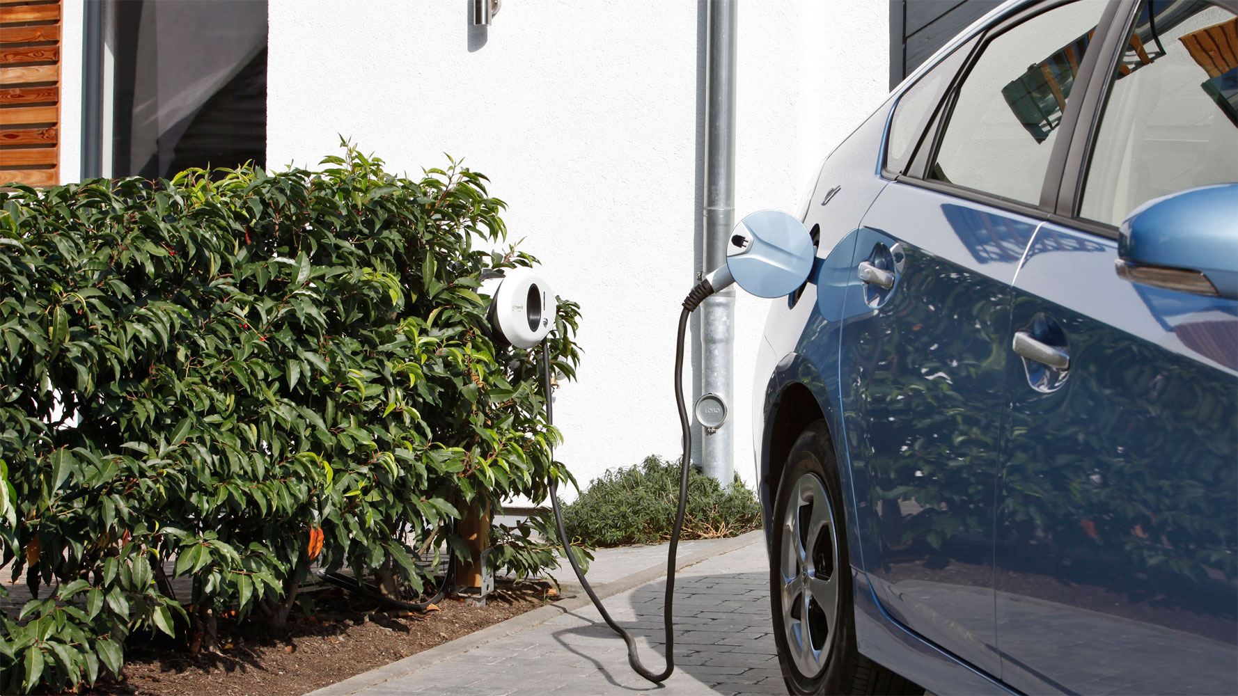 Toyota Prius Plug-In: Kooperation mit The Mobility House