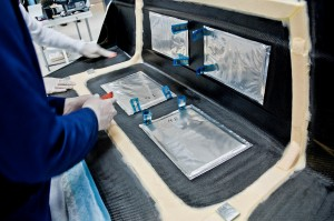 Kondensatoren in der Kofferraumklappe