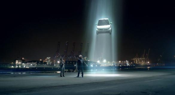 smart fortwo electric drive überzeugt selbst Aliens